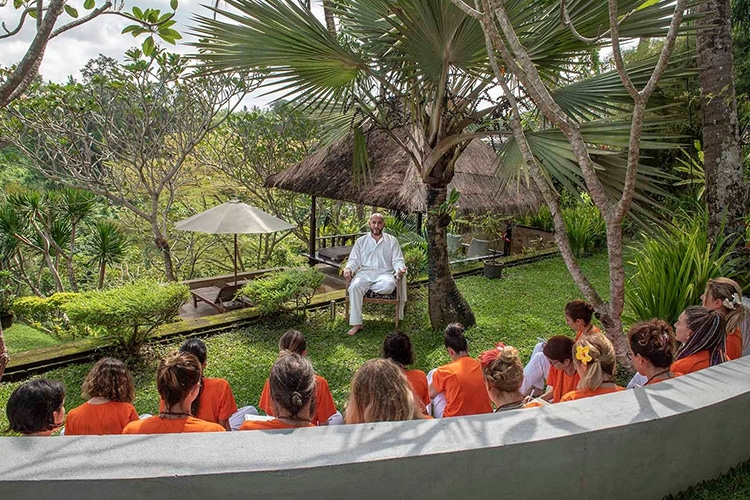 200 HOURS OF YOGA ALLIANCE APPROVED <br/>YOGA TRAINING CAMP – BALI